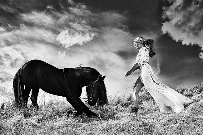 1st Place Winner – Fashion / Beauty Photographer of the Year 2015 – Combination of nature and fashion by Miqo Cash (Slovakia)